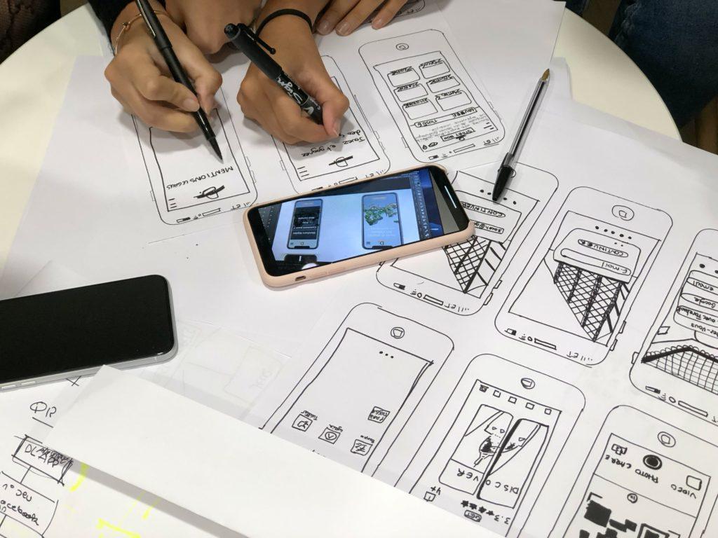 корица на статия за UX дизайн